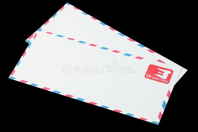 AMERIKAS FÖRENTA STATER - CIRCA 1968: Ett gammalt kuvert för flygpost royaltyfria foton
