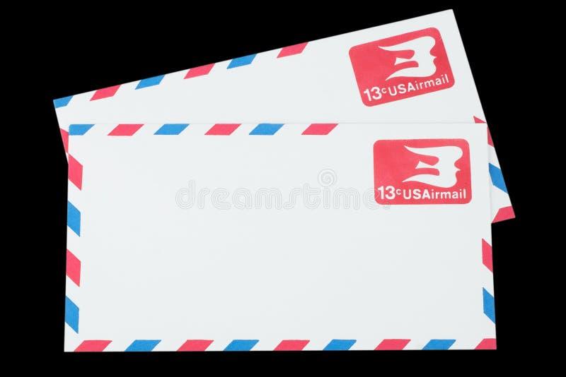 AMERIKAS FÖRENTA STATER - CIRCA 1968: Ett gammalt kuvert för flygpost royaltyfri bild