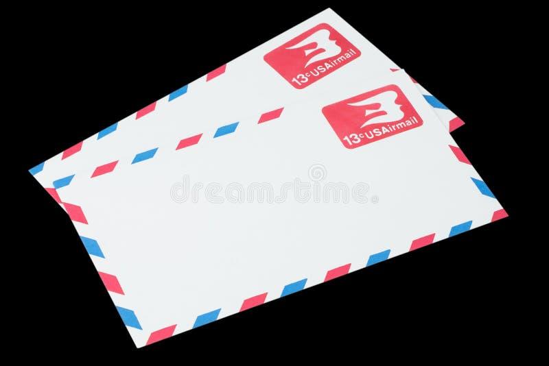 AMERIKAS FÖRENTA STATER - CIRCA 1968: Ett gammalt kuvert för flygpost royaltyfri foto