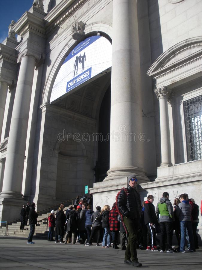 Amerykański muzeum historia naturalna, Czeka w linii, NYC, NY, usa obrazy stock