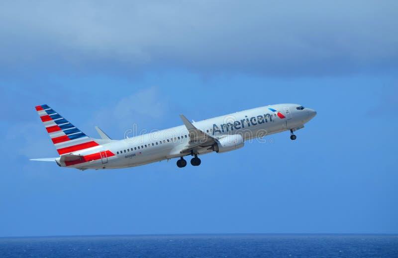 Amerykańskie Linie lotnicze Boeing 737-800 obraz stock