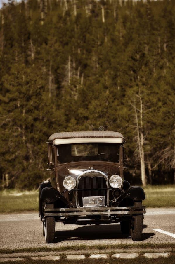 Download Amerykański Oldtimer zdjęcie stock. Obraz złożonej z przód - 27875582
