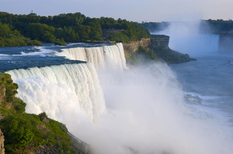 Amerykan Spadek Przegapiają przy Niagara obrazy royalty free