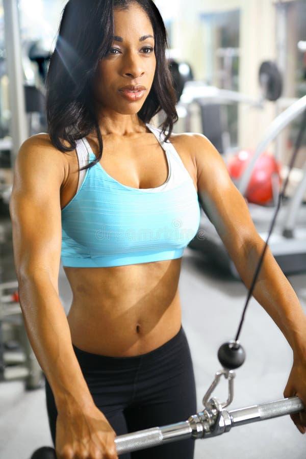 amerykanin afrykańskiego pochodzenia sprawności fizycznej kobieta obraz stock