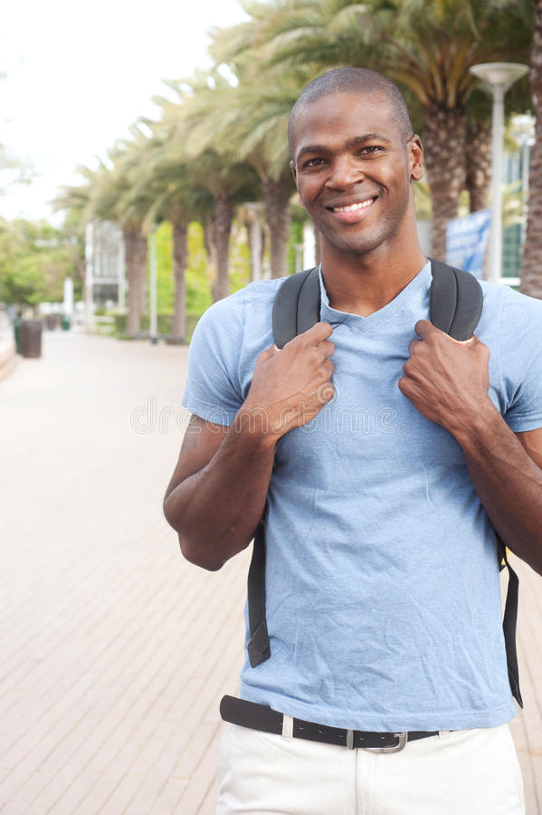 amerykanin afrykańskiego pochodzenia studenta collegu potomstwa zdjęcie stock