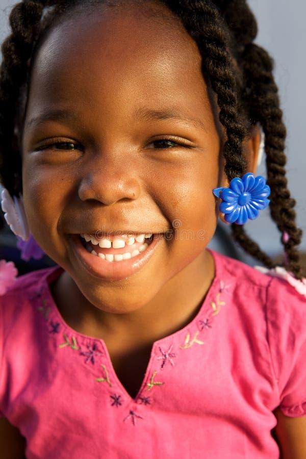 amerykanin afrykańskiego pochodzenia urocza dziewczyna fotografia stock