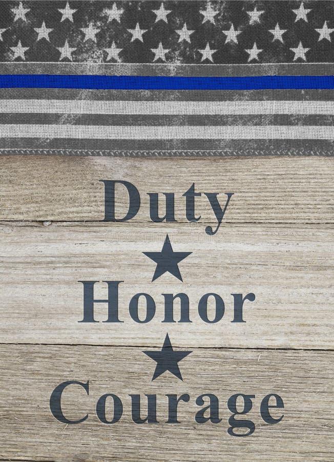 Amerykanin niebieskiej linii flagi obowiązku honoru odwagi cienki tekst zdjęcia royalty free