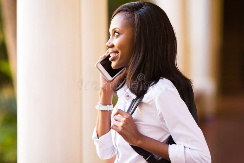 Amerykanina afrykańskiego pochodzenia student collegu zdjęcia royalty free