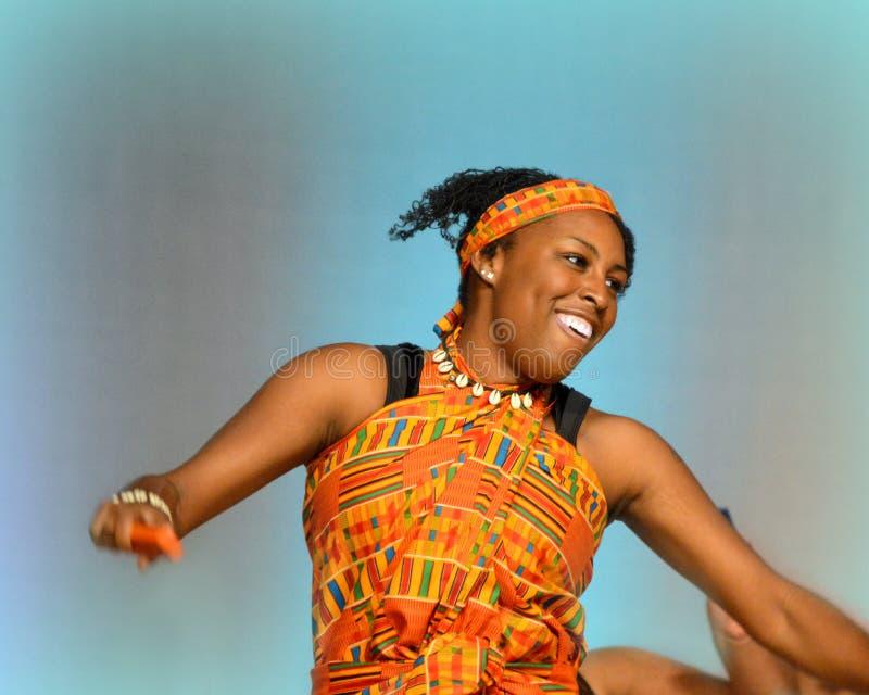 Amerykanina Afrykańskiego Pochodzenia tancerz zdjęcie stock