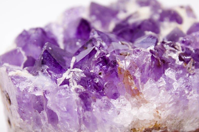 amethyst кристаллы стоковые фото
