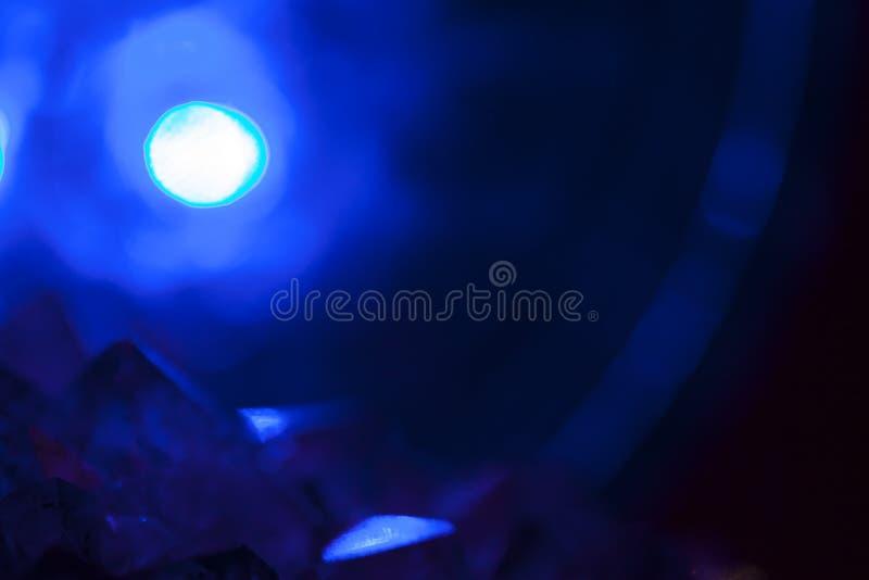 Amethyst mit schönem Beleuchtungsabschluß herauf Kristall stockfoto