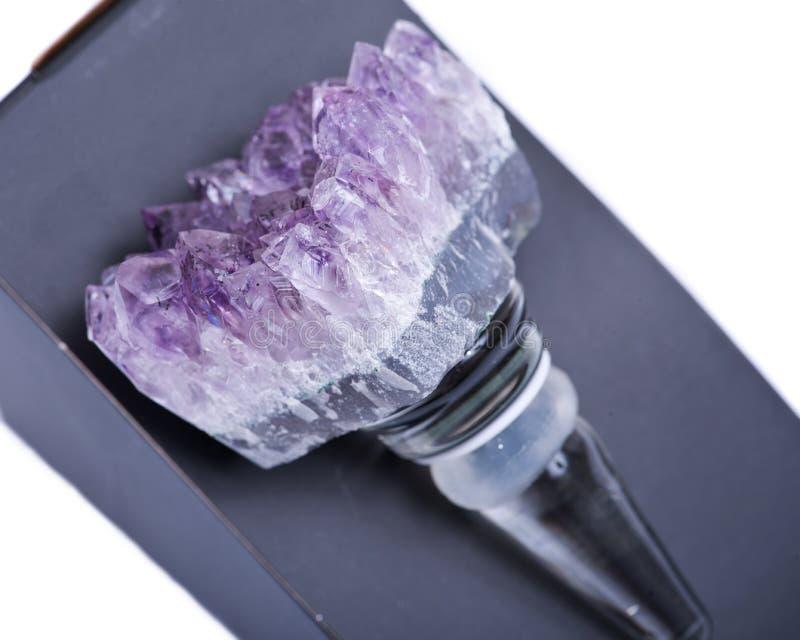 Amethyst-Quarz Crystal Gemstone Wine Stopper lizenzfreies stockfoto