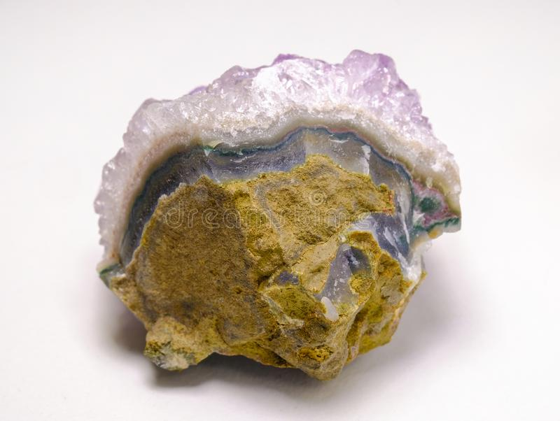 amethyst sten arkivbild