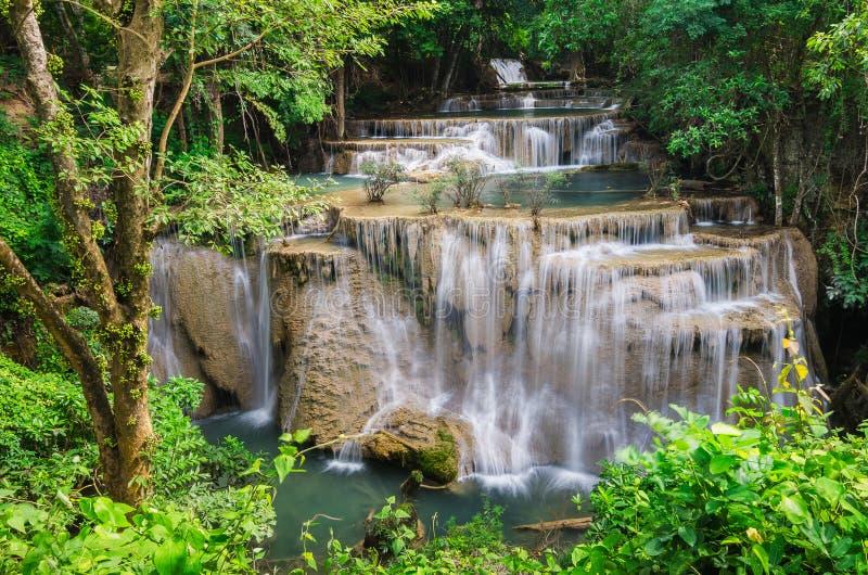 Amezing-Wasserfall in Kanchanaburi, Thailand lizenzfreies stockbild