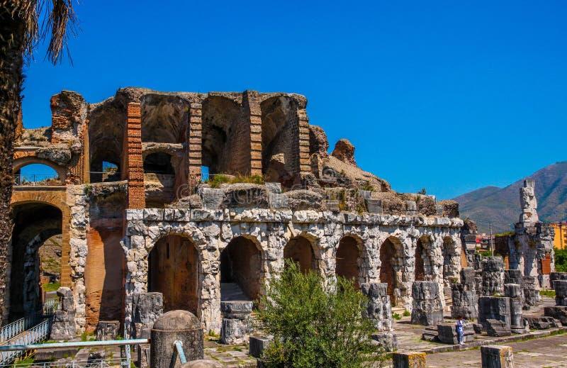 Amfiteatr w Capua mieście, Włochy zdjęcia royalty free