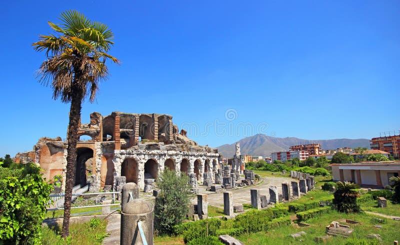 Amfiteatr w Capua mieście, Włochy zdjęcia stock
