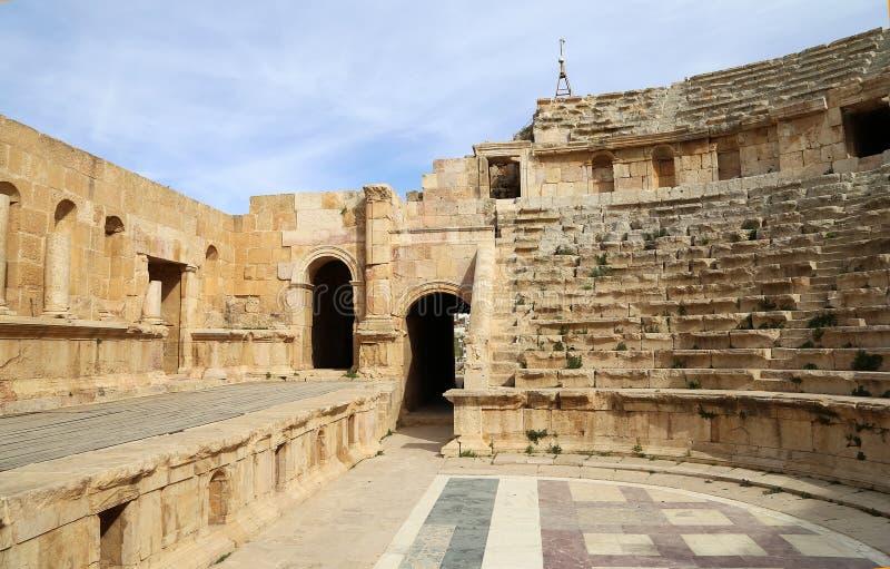 Amfiteatr w Jerash, kapitałowego i wielkiego mieście Jerash Governorate, Jordania (Gerasa dawność) zdjęcie royalty free