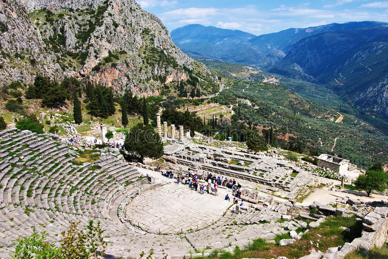 Amfitheater in Delphi, Griekenland royalty-vrije stock foto's