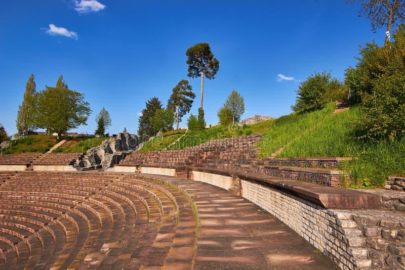 Amfitheater van Augusta Raurica Roman-theater royalty-vrije stock afbeeldingen