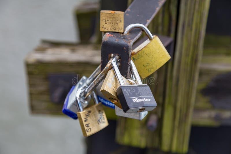 Ami le serrature immagini stock