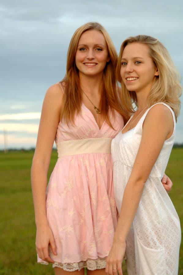 Amici teenager fotografie stock libere da diritti