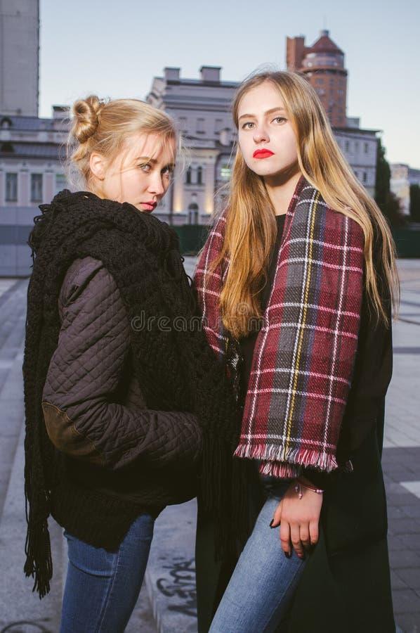 Amigos fotos de archivo