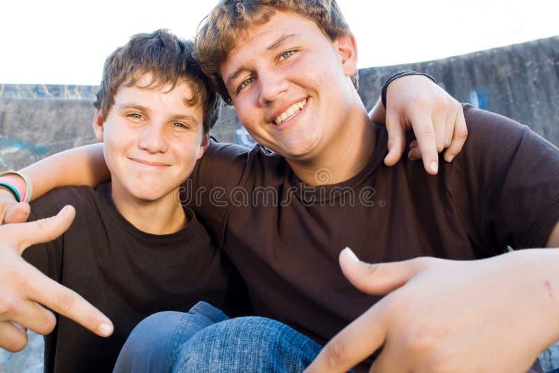 Amigos adolescentes imagem de stock royalty free