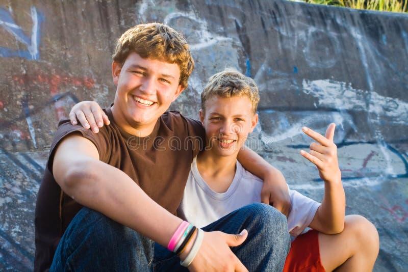 Amigos adolescentes foto de stock royalty free