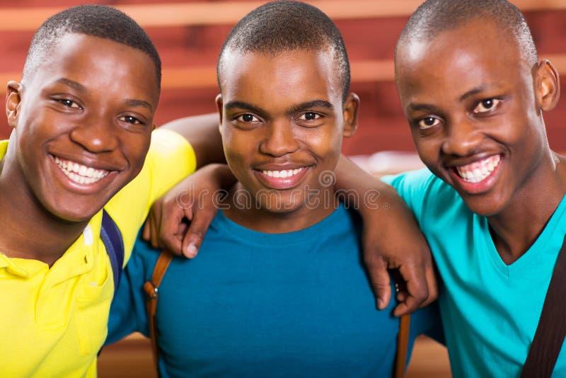 Amigos africanos da faculdade fotos de stock