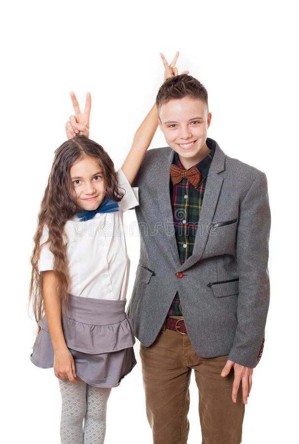 Amigos de arrelia menino e menina, irmão e irmã fotografia de stock