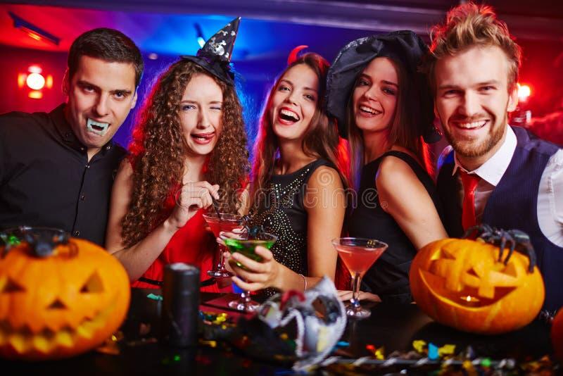Amigos de Halloween fotografía de archivo libre de regalías