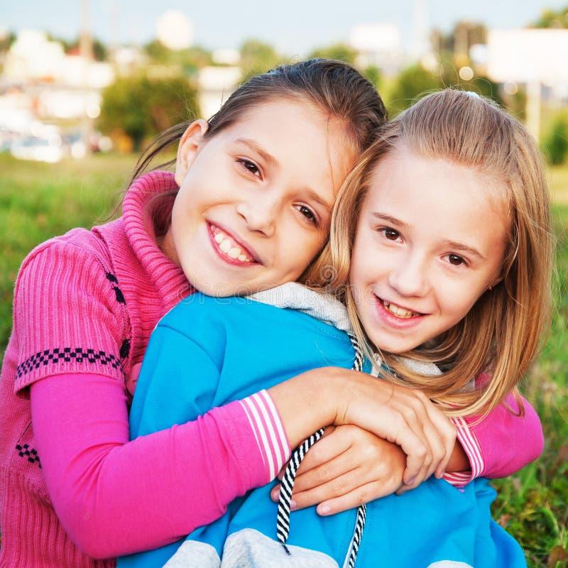 Amigos de meninas fotografia de stock