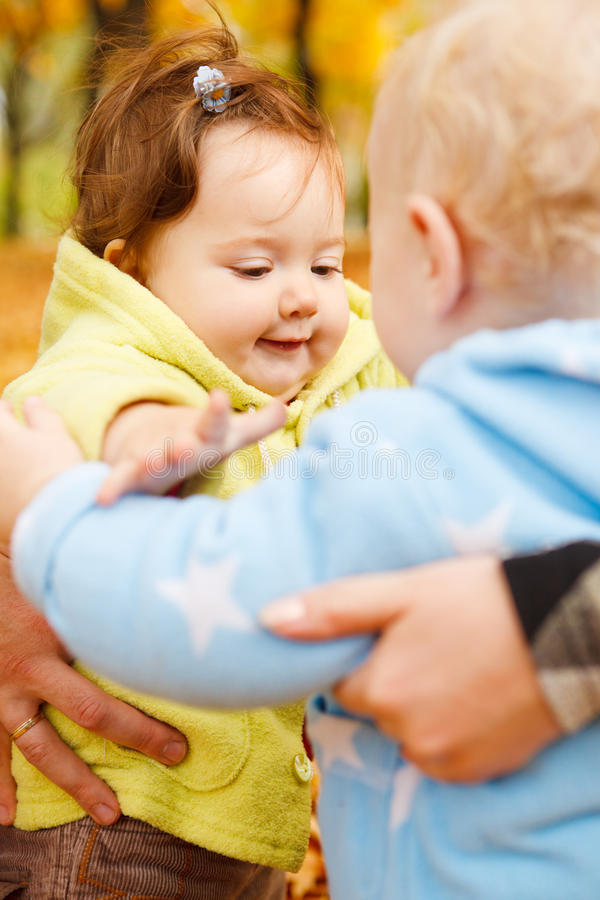Amigos do bebê fotos de stock royalty free