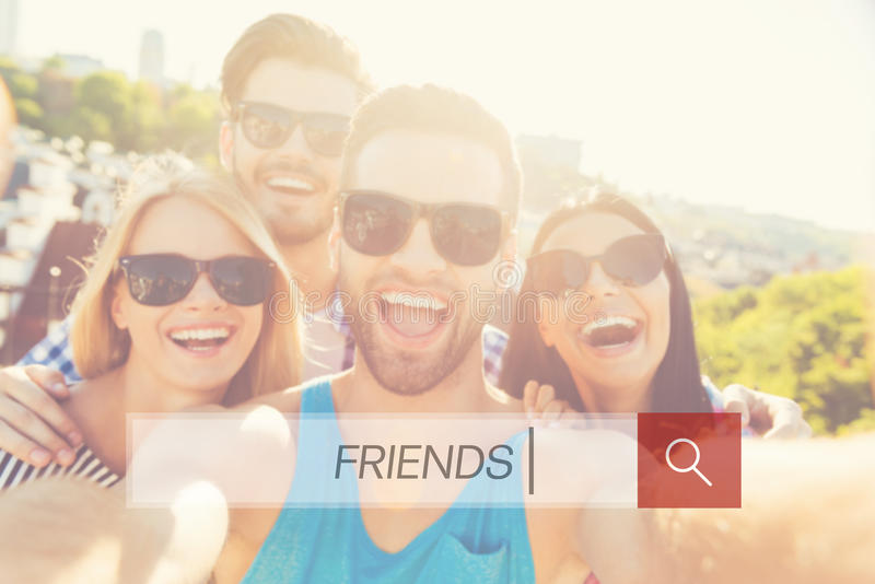 Amigos junto fotos de archivo
