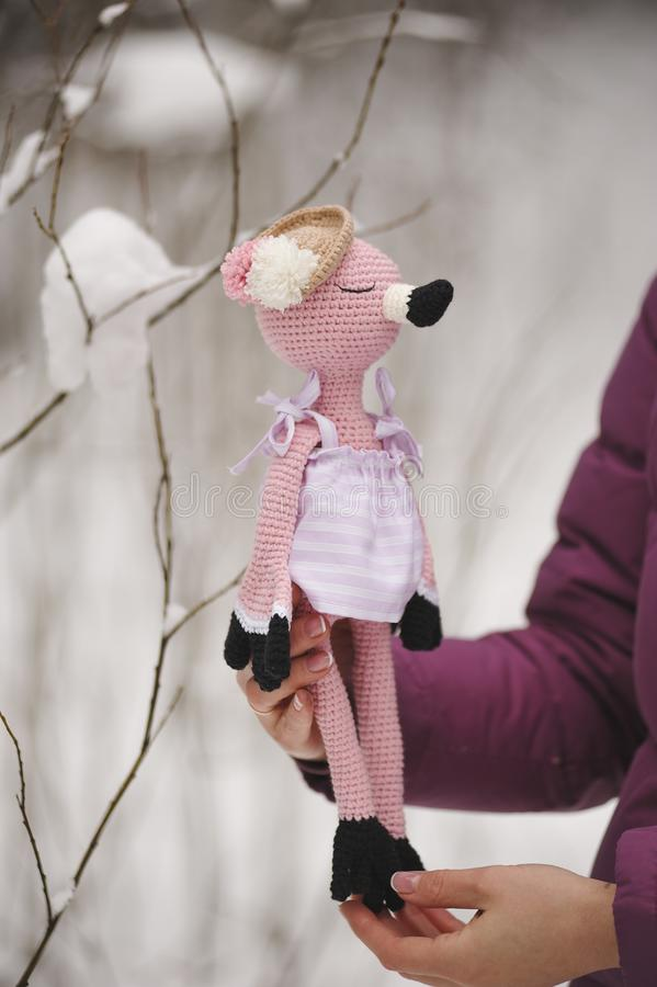 Amigurumi zabawka flamingi różowią dosypianie obrazy royalty free
