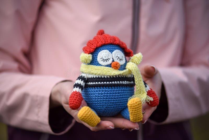 Amigurumi zabawka Pingwin zdjęcia stock