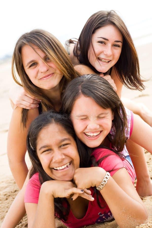 Amis heureux photographie stock libre de droits