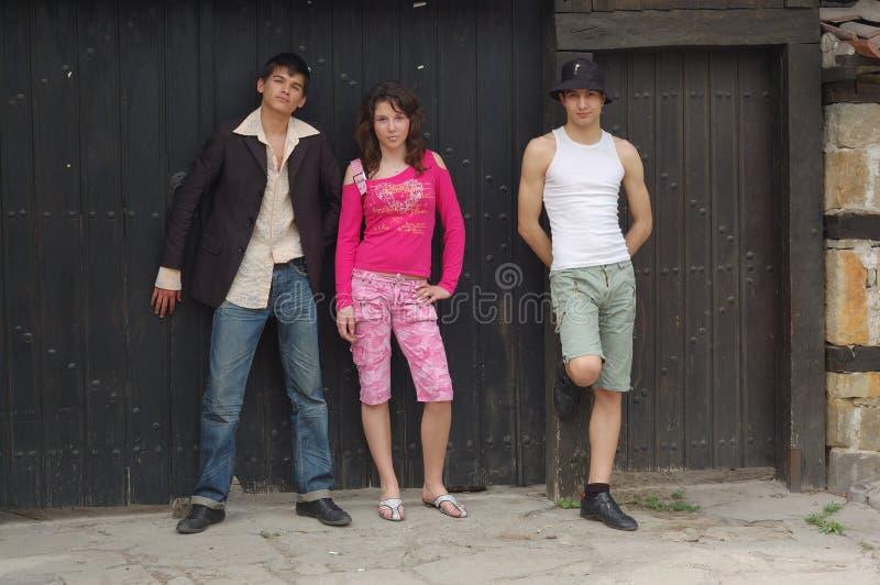 amis trois d'adolescent photo libre de droits