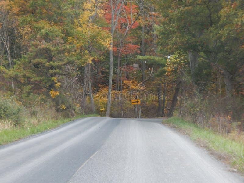 Amische unterstützen Straßen stockbild