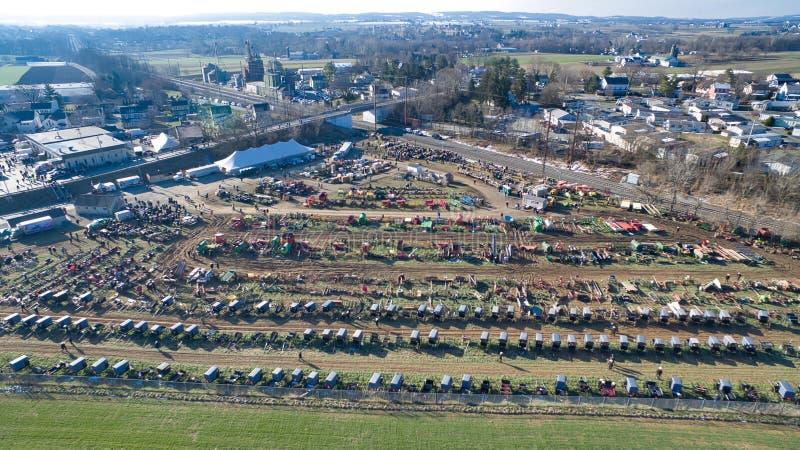 Amish Borowinowa sprzedaż w Lancaster, PA usa 2 trutniem zdjęcie stock