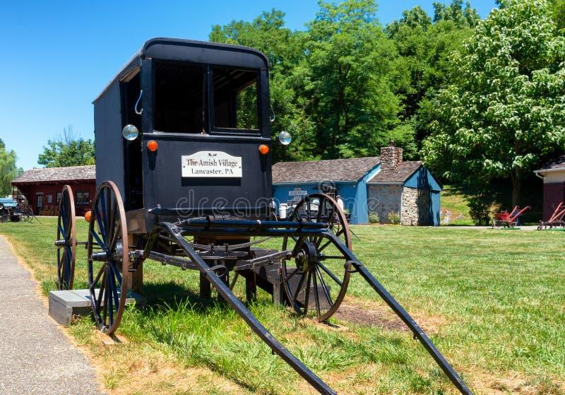 Amish powozik w Lancaster okręgu administracyjnym, usa zdjęcie royalty free