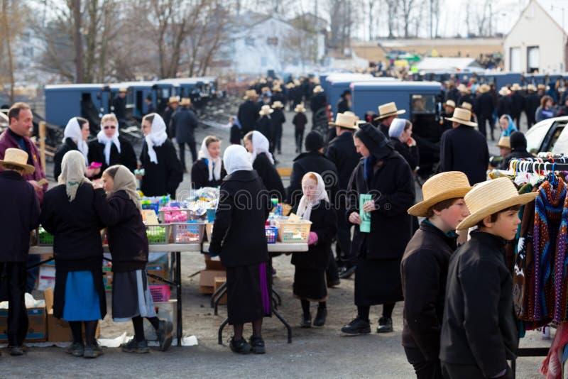 Amish przy bart błota sprzedażą fotografia royalty free