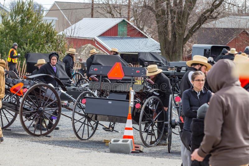 Amish przy bart społeczności błota sprzedażą fotografia stock