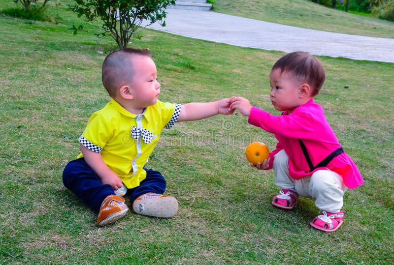 Amizade da infância fotos de stock