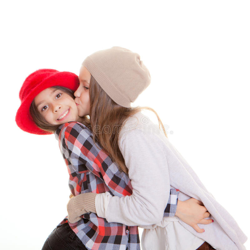 Amizade ou beijo das irmãs fotografia de stock royalty free