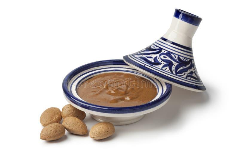Amlou marocchino tradizionale della mandorla immagini stock