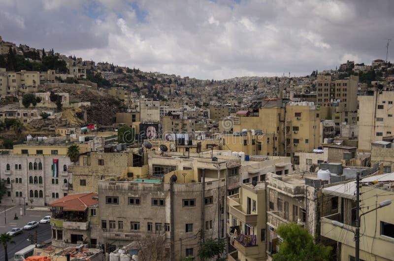 Amman, Jordânia - 28 de maio de 2016: Arquitetura da cidade de Amman do centro, Jorda foto de stock