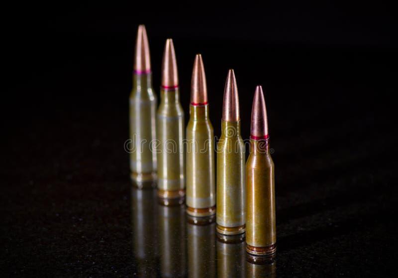 Ammunitionkassetter fotografering för bildbyråer