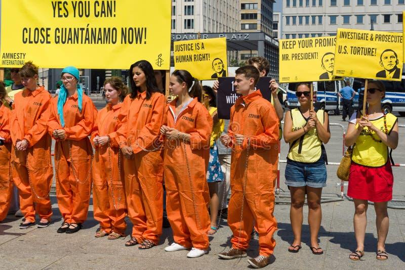 Amnesty International aktywistów protest przy Potsdamer Platz obrazy royalty free
