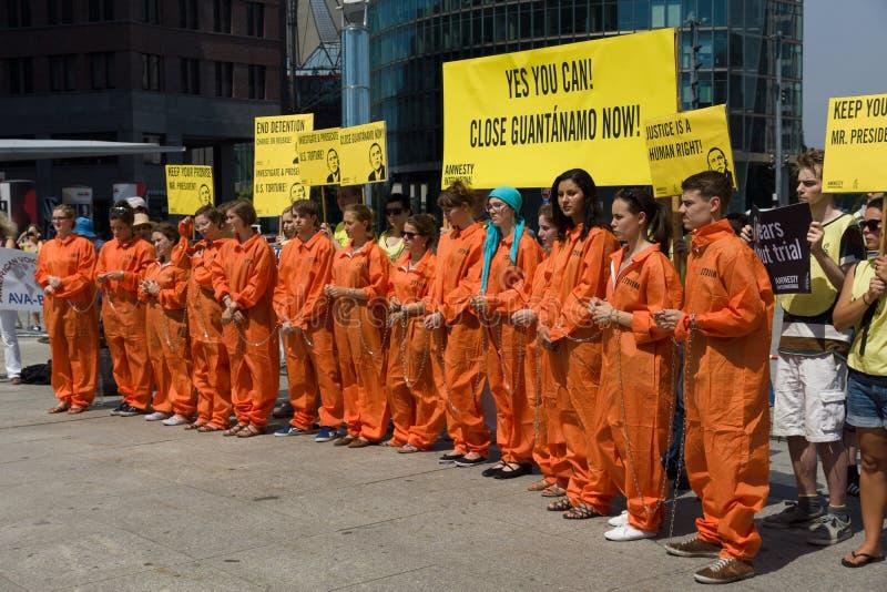 Amnesty International aktywistów protest przy Potsdamer Platz fotografia royalty free